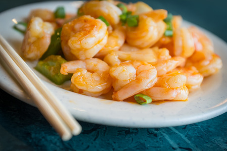green onions: Chinese hot and spicy szechuan shrimp with green onions
