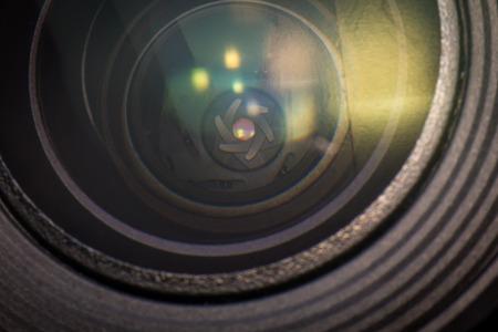 カメラのレンズの絞り羽根を示すクローズ アップ マクロ ダイヤフラム