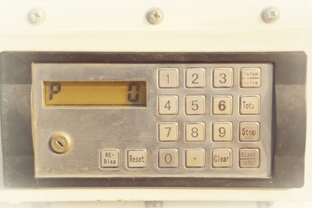 teclado numérico: control de aceite teclado numérico para el aceite de llenado Foto de archivo