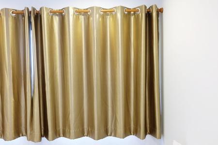 gold: gold curtain