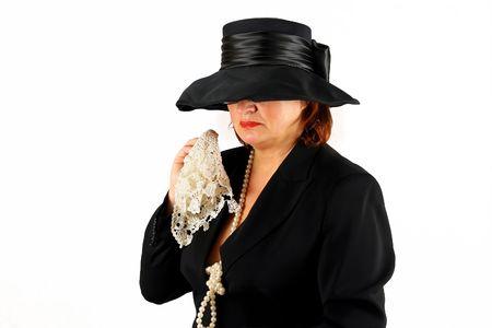 huilen christelijke dame in zwart begrafenis jurk
