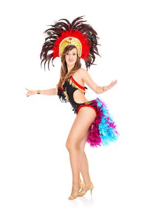 gente bailando: Una imagen de una chica carnaval posando sobre fondo blanco