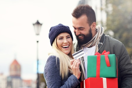 Picture of couple shopping for Christmas in the city Stock Photo - 87122891