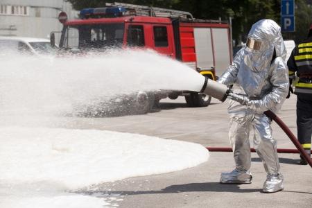 voiture de pompiers: pompier