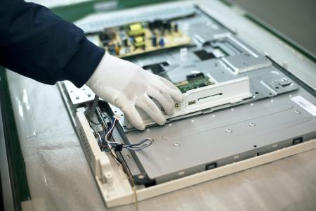 kézi munka elektronikai ipar