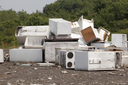 metallschrott: Geräte auf der Deponie