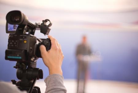 couvrant un événement avec une caméra vidéo, Banque d'images
