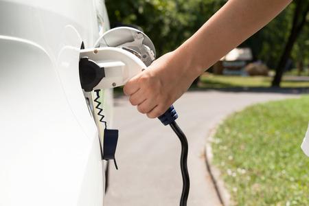La recharge des véhicules électriques Banque d'images