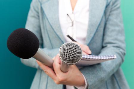 Journaliste. Entrevue avec les médias. Conférence de presse. Banque d'images