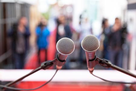Pressekonferenz. Öffentlichkeitsarbeit - PR.
