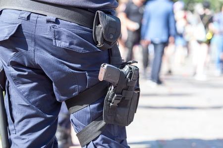 Policeman on duty Standard-Bild - 122294566