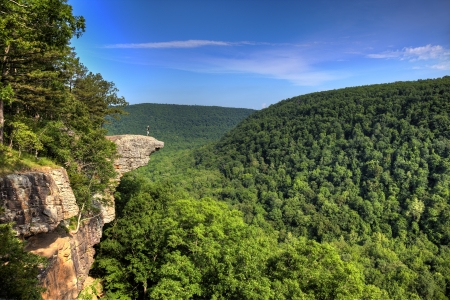 the crag: Hiker on the famous Hawksbill Crag in Arkansas Stock Photo