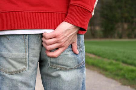 jeuken: Man krassen zijn bodem