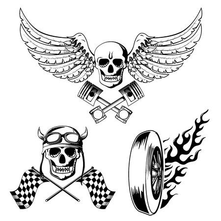 Motorfietsfiets labels set met schedel vlammen en vlag illustratie Stock Illustratie