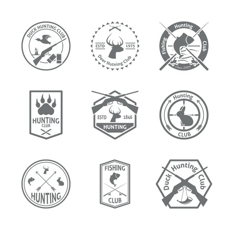 fusil de chasse: Ensemble de chasse de la vie animale sauvage loisirs étiquettes emblème avec la typographie en gris illustration vectorielle de couleur