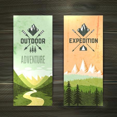 aventura: Vacaciones de senderismo Turismo paisaje forestal con picos de montaña y dos banderas verticales conjunto abstracto aislado ilustración vectorial Vectores
