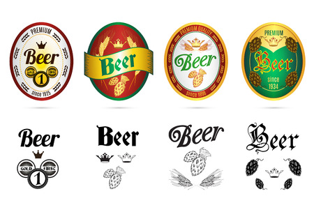 Premium kwaliteit gouden kroon bier labels in zwart en kleur met geïsoleerd hop abstracte illustratie