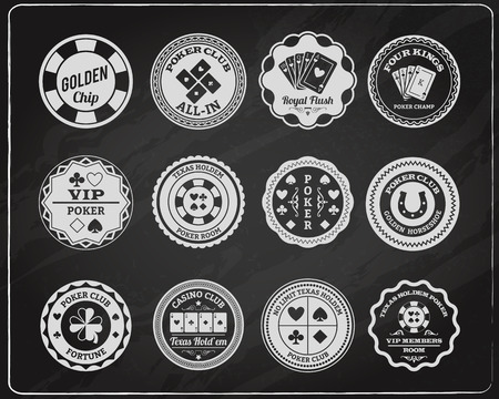 cartas de poker: Tejas pizarra habitación Socios del Club poker etiquetas colección con tiza esbozo cuatro reyes abstracto aislado ilustración vectorial