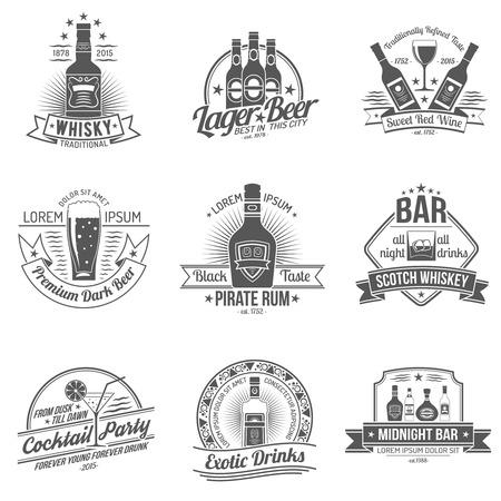 whisky: Boissons alcooliques qualité premium étiquette noire ensemble isolé illustration vectorielle