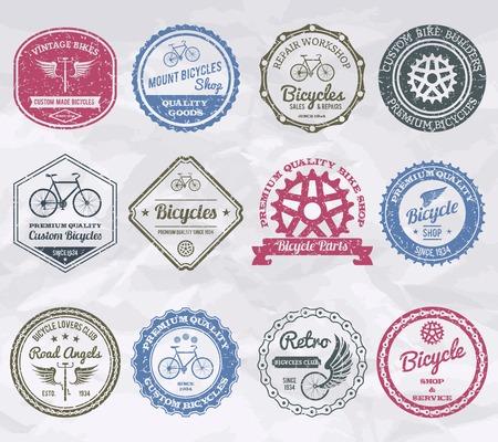 insignia: Ciclismo de primera calidad tienda de emblemas sellos conjunto aislado ilustración vectorial