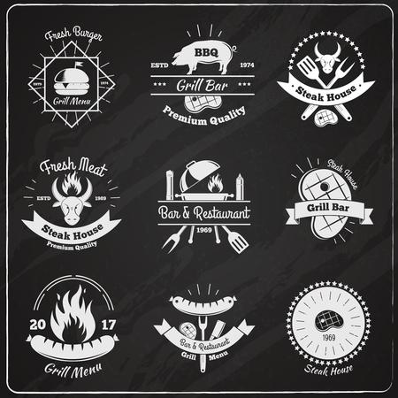 新鮮な肉のハンバーガーの料理テキスト ベクトル図とフラットなイメージ設定ステーキハウス ヴィンテージ エンブレム黒板  イラスト・ベクター素材