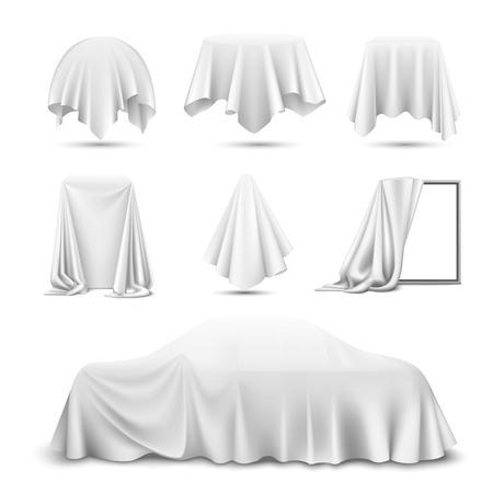 Tissu de soie blanche recouvert d'objets réalistes avec miroir drapé voiture suspendue serviette nappe rideau illustration vectorielle