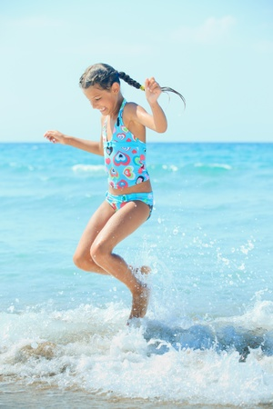 Cute girl on the beach Stock Photo - 11059131