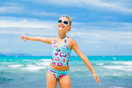 Girl in sunglasses relax ocean background Stock Photo - 12910808