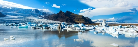 Fjallsarlon의 아름 다운 파노라마 사진 스톡 콘텐츠