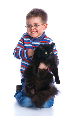 baby 4 5 years: Boy with his cat