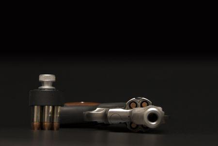 magnum: Stainless Steel revolver .375 Magnum.  Banque d'images