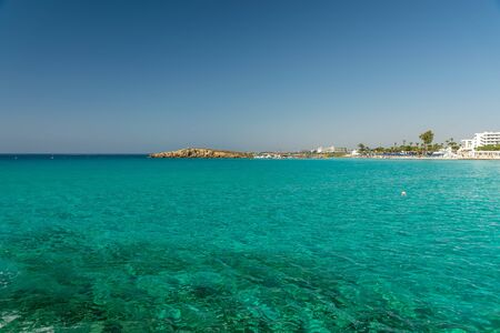 The most famous beach of Cyprus with crystal clear water. Nissi Beach. Archivio Fotografico