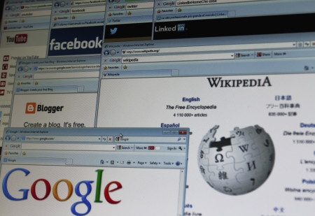 wiki wikipedia: Top web sites on a computer screen