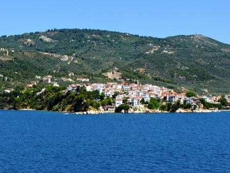 skiathos: Skiathos, Greek island at Vories Sporades. Full view