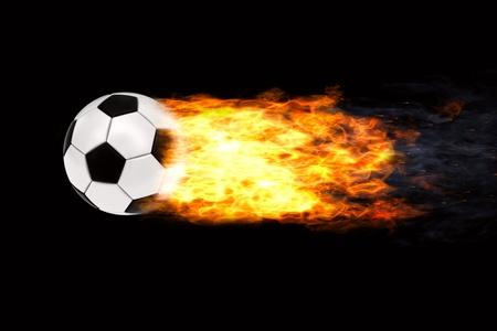 palla di fuoco: Pallone da calcio in fiamme su sfondo nero. Immagine 3D ad alta risoluzione