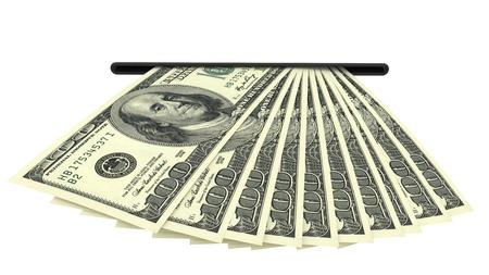 automatic transaction machine: Billetes de dólar en una ranura de efectivo aislada sobre fondo blanco. Imagen 3D de alta resolución