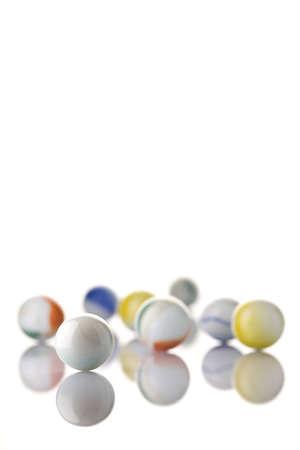 白い背景上の白い大理石 写真素材
