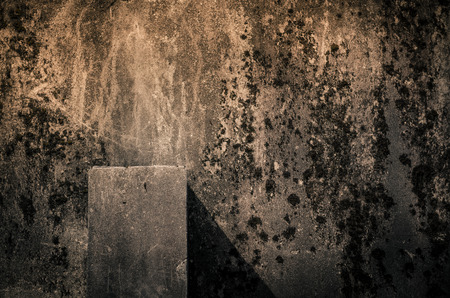 汚れた崩壊ブロックと影
