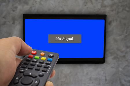 no signal: No signal television.
