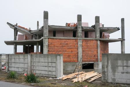 derrumbe: El colapso de las losas con la construcción de mala calidad