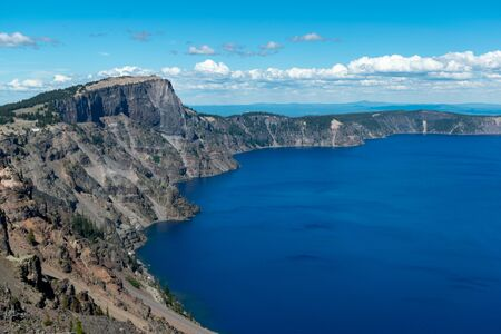 Deep blue water of Crater Lake, Oregon Stock fotó
