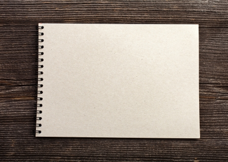 note paper on wood texture background with copy space Stock Photo - 17787669