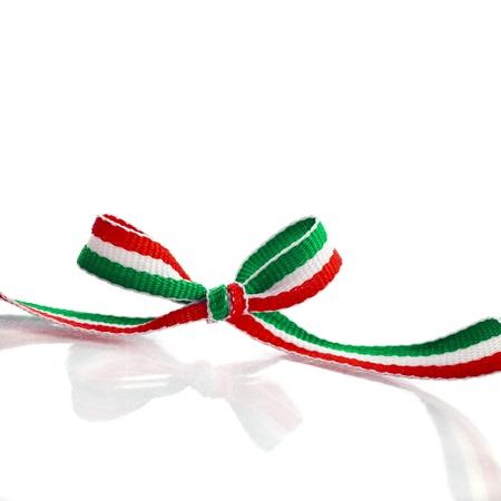 bandiera italiana: Striped Colori Nastro Ribbon con copia spazio isolato su sfondo bianco Archivio Fotografico