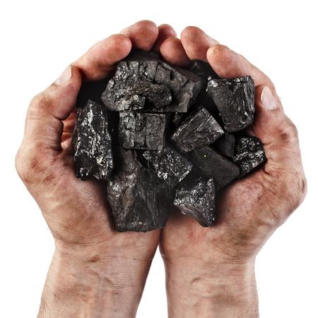 carbone: Mani del minatore di carbone nero isolato su sfondo bianco