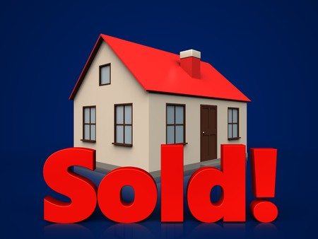 sold small: 3d illustration of house with sold sign over dark blue background Stock Photo