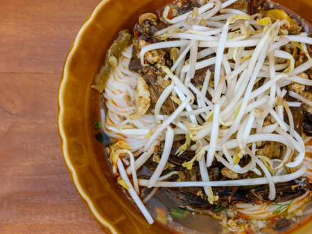 vermicelli: thai rice vermicelli, Thai noodles on wood