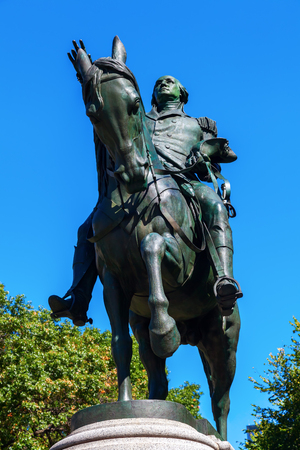 george washington statue: historical equestrian statue of US President George Washington at Union Square, Manhattan, New York City