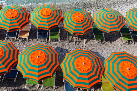 monterosso: top view of sunshades at the beach of Monterosso al Mare, Cinque Terre, Italy Stock Photo