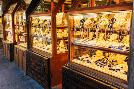 ponte: jewelry store on the famous Ponte Vecchio in Florence, Italy