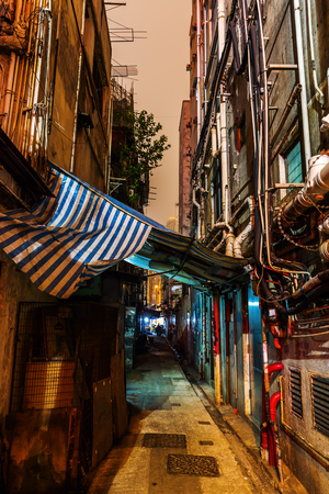back alley: picture of a backstreet in Kowloon, Hong Kong, at night
